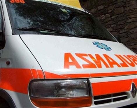 Incidente sulla Messina- Palermo, auto si ribalta: due feriti