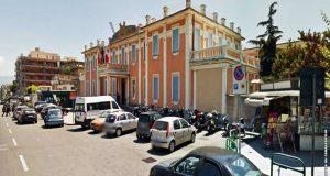 Incidente su corso Cavour: due ragazze ferite