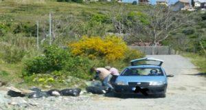 Sorpresi due uomini che scaricavano rifiuti nel torrente Saponara