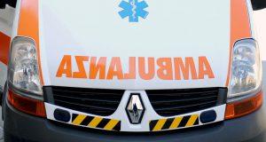 Messina: scontro tra un'auto e una moto: centauro finito in ospedale