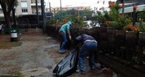 La comunità dei filippini ripulisce la villetta Royal
