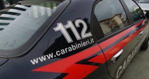 Pusher spaccia sotto gli occhi di due Carabinieri liberi dal servizio: arrestato