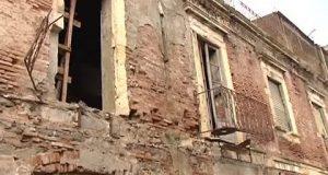 Palazzo a rischio crollo in via Don Blasco: la nota del Consigliere Rella