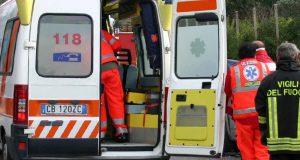 Incidente Messina, auto si ribalta: ferita una donna