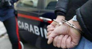 Acqualadrone: 47enne in manette per detenzione e spaccio di droga