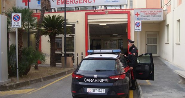 Picchia in strada l'ex fidanzata e la manda in ospedale: arrestato 18enne straniero