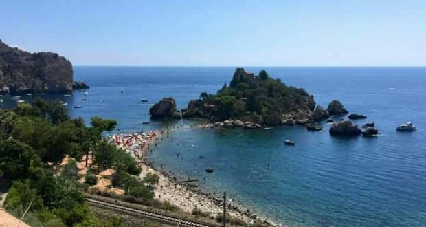 Taormina, l'affascinante Isola Bella su Linea Verde Estate