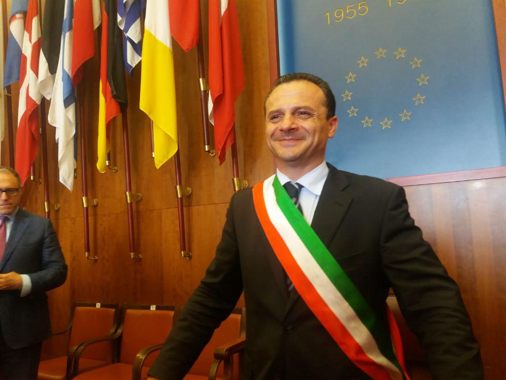 Il continuo disconoscimento degli eccezionali risultati della giunta targata Cateno De Luca. Breve storia della strana forma di opposizione che vige a Messina