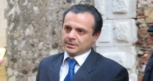 """De Luca su bilancio Comune: """"Signorino, carte alla mano, è mentitore di professione, che taccia"""""""
