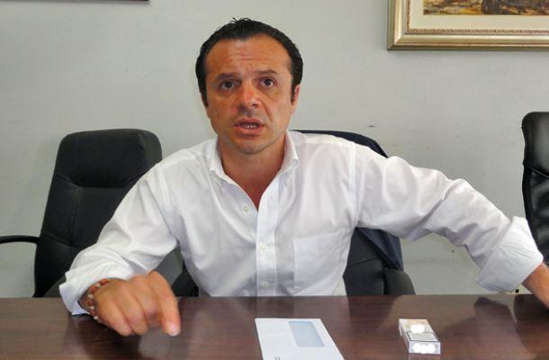 """De Luca risponde ai sindacati: """"Voi in silenzio davanti a clientelismo ed illiceità"""""""