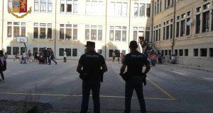 """""""ScuoleSicure"""": servizi antidroga nei pressi delle scuole, due arresti"""
