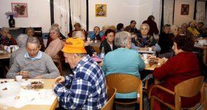 Centri sociali per anziani: l'interrogazione del consigliere Gioveni