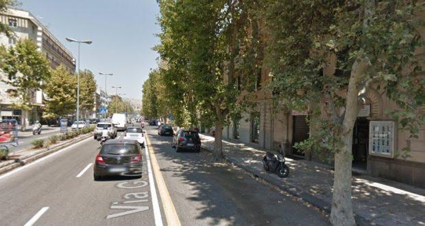 Problemi di parcheggio in via Garibaldi: interviene il consigliere Rizzo
