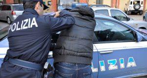 Spacciava in casa: arrestato 51enne messinese