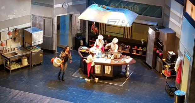 """Cucina e fornelli al Vittorio Emanuele: in scena """"Belle Ripiene"""""""