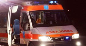 Investita mentre attraversava la strada a Messina, donna in gravi condizioni
