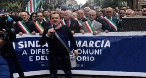 Città Metropolitane: anticipata al 15 maggio la marcia dei Sindaci organizzata da De Luca