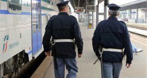 Viaggia con un documento falso: giovane siriano arrestato dalla Polizia