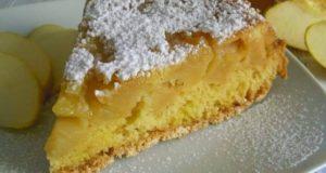 """A tavola con gusto: """"torta soffice alle mele"""", una delizia facile e veloce"""