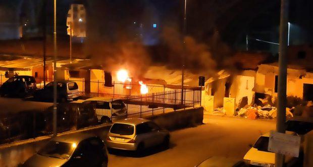 """Incendio nella baraccopoli vuota di Camaro Sottomontagna, Gioveni e Cacciotto: """"Procedere con lo sbaraccamento"""""""