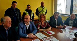 """Messina, parcheggi selvaggi: """"Sei proprietario del marciapiede?"""""""