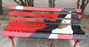 """NO"" alla violenza sulle donne: panchina rossa a Torregrotta"