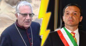 Arcivescovo Giovanni Accolla vs Sindaco Cateno De Luca: una città che si divide