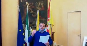 """Coronavirus, Renault4 fermata nel nisseno, sindaco di Messina: """"Altro che fake news"""""""