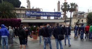 Raffineria di Milazzo, sciopero ad oltranza dei lavoratori