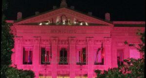 Lotta al tumore al seno: il Municipio di Messina si tinge di rosa