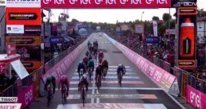 Diego Ulissi vince la tredicesima del Giro d'Italia