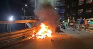 Taormina: fiamme dopo lo scontro auto-motociclo, un ferito.