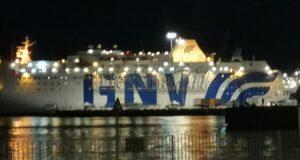 Al Molo Norimberga di Messina, la GNV Allegra