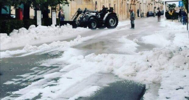 """Neve a Messina durante il lockdown? Piedi per terra e occhio alla """"legge della persistenza"""""""