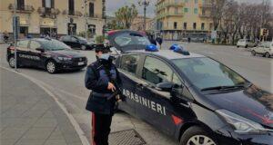 """Controlli straordinari dei Carabinieri in città, venticinque sanzioni per violazioni alla normativa """"anti-covid"""" e cinque arresti"""