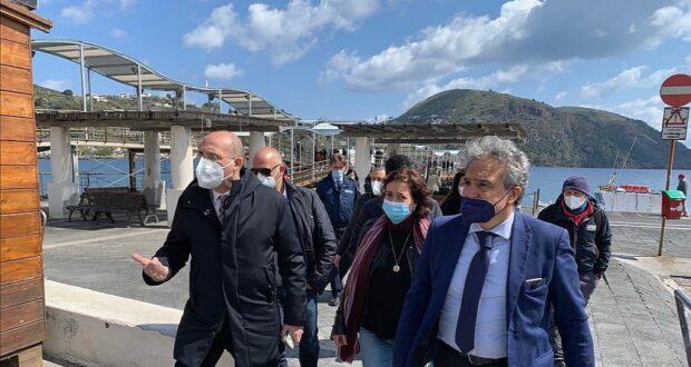 Covid Eolie: sopralluogo per Hub vaccinale al Palacongressi di Lipari