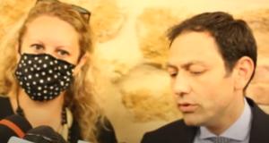 Regionali 2022: Musumeci vacilla sotto i colpi di Cateno De Luca, i suoi fedelissimi all'attacco del sindaco