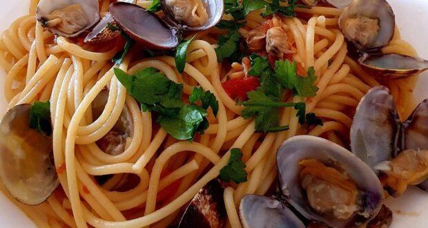 A tavola con gusto: spaghetti alle vongole veraci
