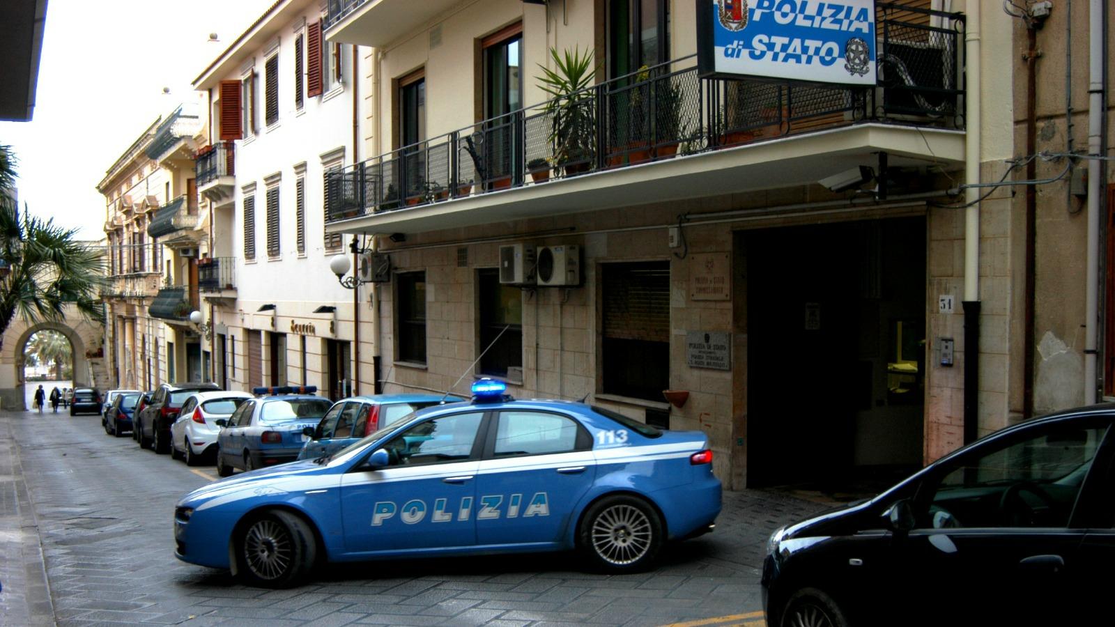 Sant'Agata Militello, stalking e violenza sessuale: la Polizia di Stato esegue misura cautelare