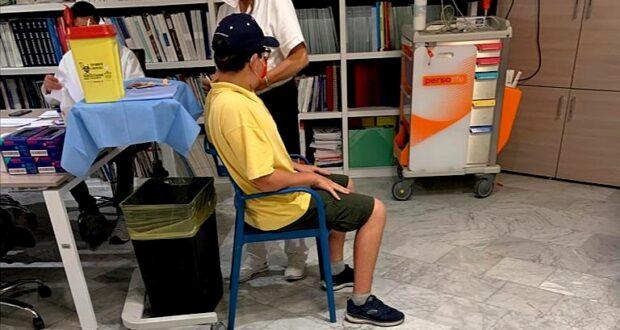Mario, 12 anni: «Ho voluto vaccinarmi anche nel ricordo della Prof.ssa Turiaco»