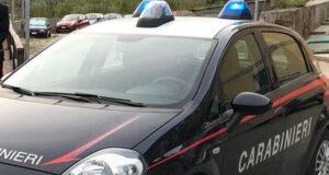 "Sorpreso mentre cedeva una ""pietra"" di cocaina al cliente, 40enne arrestato dai Carabinieri"