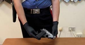 Motta Camastra: si allenava a sparare su vecchi elettrodomestici, arrestato rumeno per detenzione illegale di armi e ricettazione