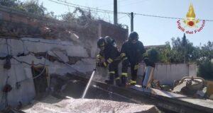 Valdina: esplodono i locali di un panificio