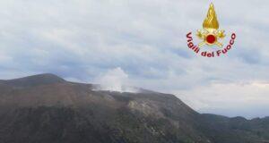 Drago 60: immagini dell'attività del cratere sull'isola di Vulcano